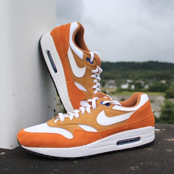 Nike Air Max 1 Retro Curry